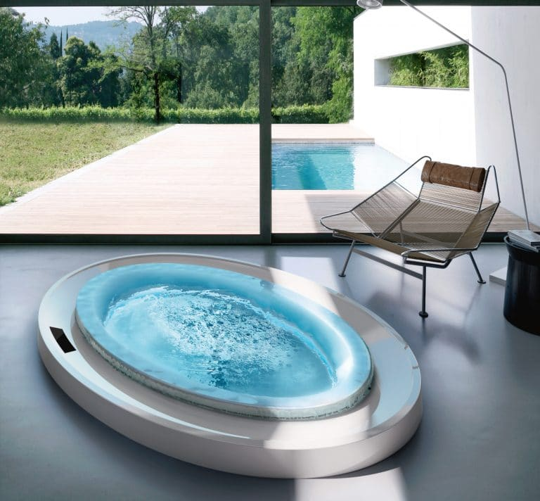 luxury round whirlpool for indoor instalation