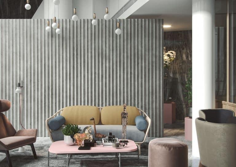 barevná pohovka, v pastelových barvách, křeslo, taburet, dekorativní stěna, závěsné svítidlo, sloup dekorativní pan