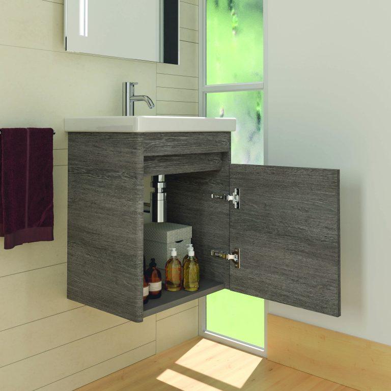 Otevřená umyvadlová šedá dřevěná skříňka